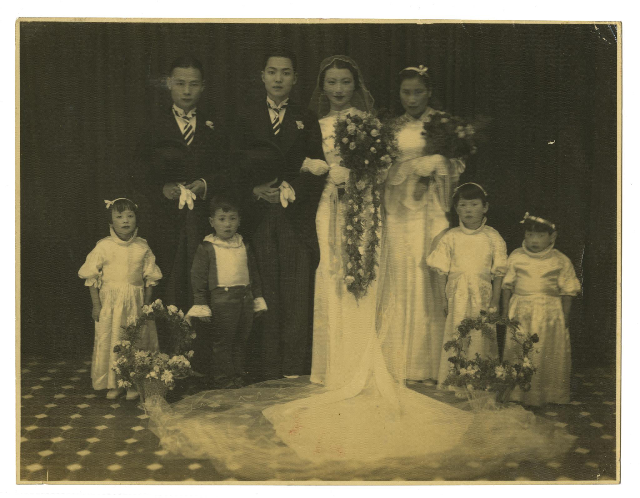 Chung Zhak and Yun Nan wedding photo: Kurt Tong Archive